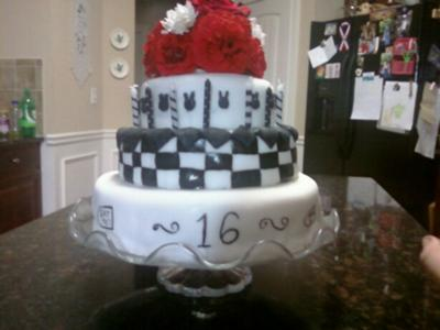black and white alice in wonderland cake