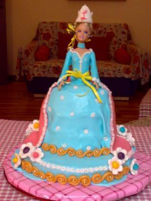 fashionable barbie cake