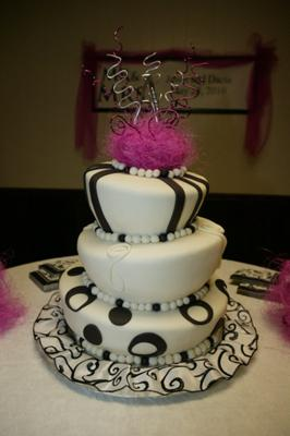 dacia's reception cake