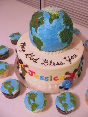 Earth cake and cupcakes