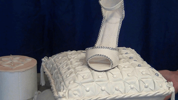 quilted pillow cake with shoe