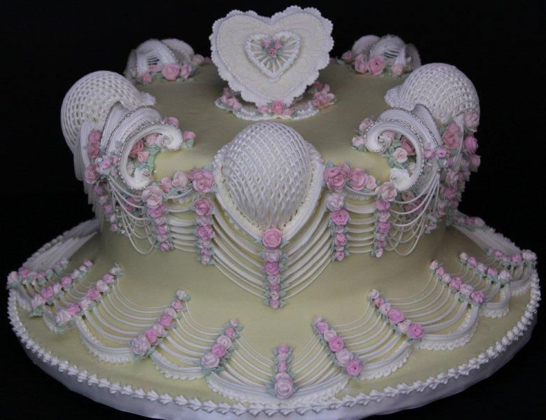 rosecliff mansion cake