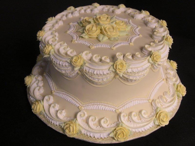 victorian ruffles and roses lambeth cake