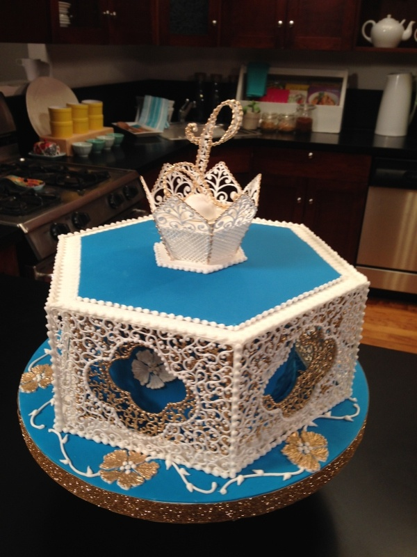 filigree cake by Dawn Parrott