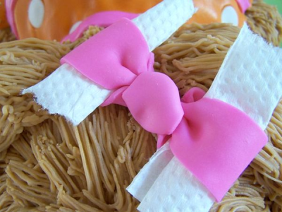 completed fondant bow