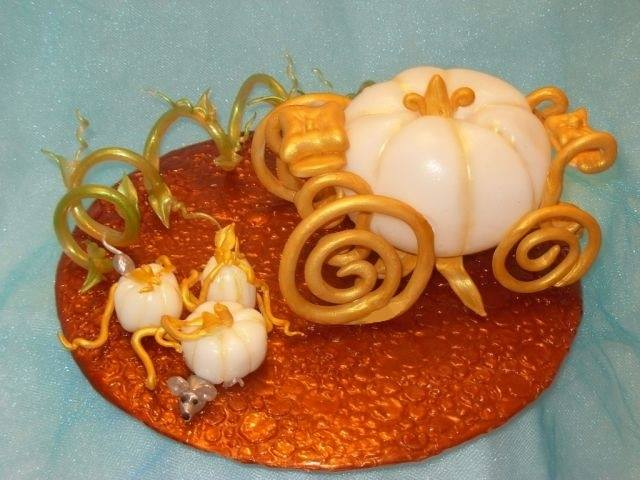 pumpkin sugar sculpture