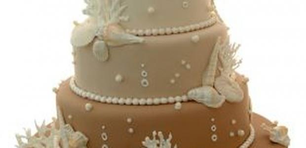 fondant recipe on 3 tiered cake