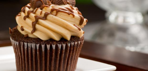Peanut Butter Icing on a chocolate cupcake