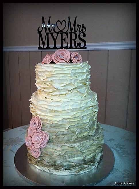 Wedding Cake Decorating Buttercream : Buttercream Ruffle Wedding Cake http://www.cake ...