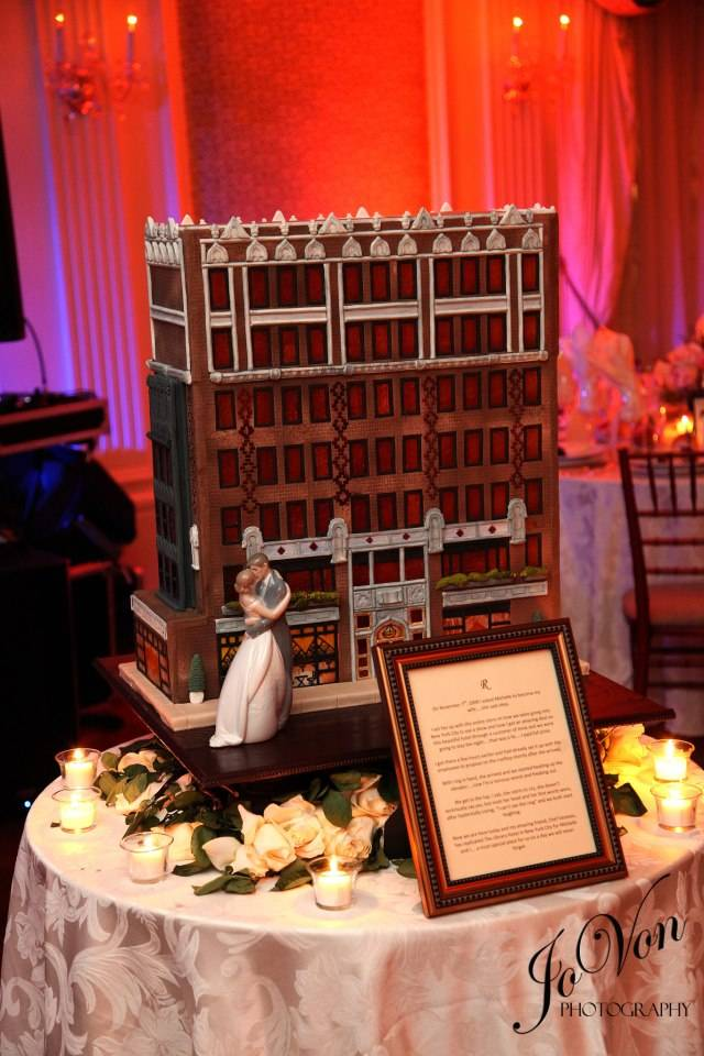 building wedding cake